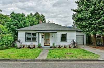 Ashland Single Family Home For Sale: 1691 Parker Street