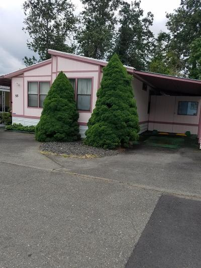Grants Pass Mobile Home For Sale: 2325 NW Highland Avenue #55