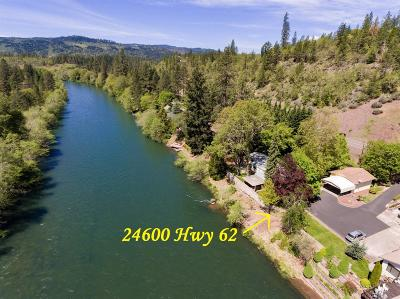 Jackson County, Josephine County Single Family Home For Sale: 24600 Highway 62