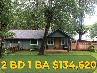 Cave Junction Single Family Home For Sale: 317 E River Street