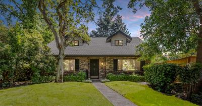 Medford OR Single Family Home For Sale: $425,000