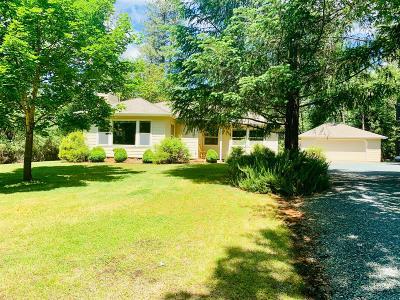 Grants Pass Single Family Home For Sale: 240 Kaneeta Lane