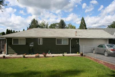Josephine County Single Family Home For Sale: 960 Mayfair Lane