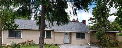 Grants Pass Single Family Home For Sale: 544 Sunset Way