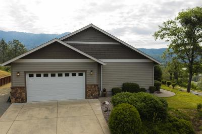 Josephine County Single Family Home For Sale: 600 NW Scenic Drive