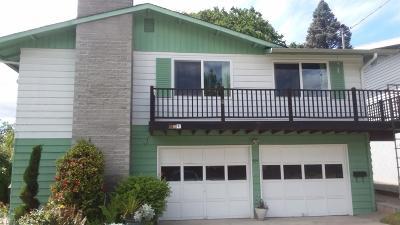 Jackson County, Josephine County Single Family Home For Sale: 414 Highland Drive