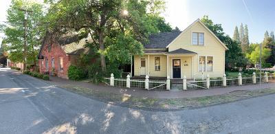 Jacksonville Single Family Home For Sale: 135 S 3rd Street