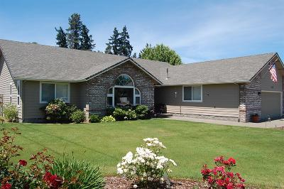 Grants Pass Single Family Home For Sale: 1284 Moon Glo Drive