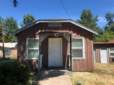 Medford Single Family Home For Sale: 519 Mayette Street