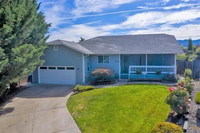 Grants Pass Single Family Home For Sale: 109 Shoemaker Way