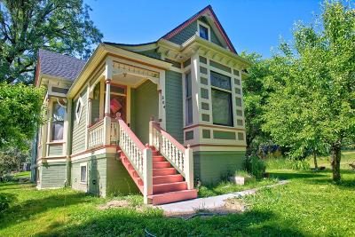 Grants Pass Single Family Home For Sale: 5000 Redwood Avenue