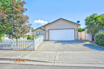 Grants Pass Single Family Home For Sale: 2167 SW Judy Lane