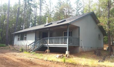 Jackson County, Josephine County Single Family Home For Sale: 186 Laurie Lane