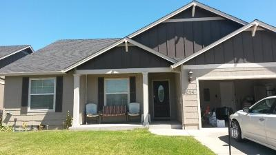 Eagle Point Single Family Home For Sale: 814 Crystal Drive
