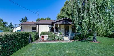 Medford Single Family Home For Sale: 2835 Elliott Avenue