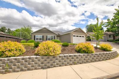 Single Family Home For Sale: 2660 Beverly Drive