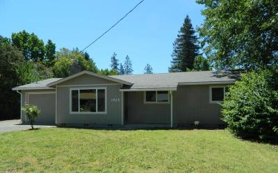 Grants Pass Single Family Home For Sale: 1525 SW Jordan
