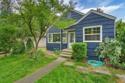 Medford Single Family Home For Sale: 316 Portland Avenue