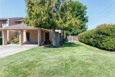 Grants Pass OR Condo/Townhouse For Sale: $160,000