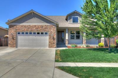 Medford Single Family Home For Sale: 4405 Vista Pointe Drive