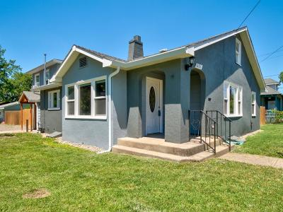 Single Family Home For Sale: 601 Oak Street