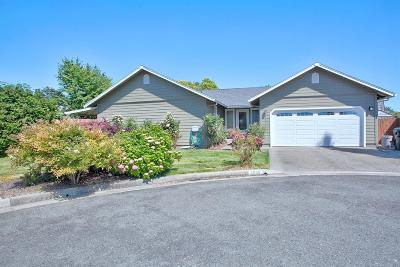 Grants Pass Single Family Home For Sale: 2688 Sprinkle Way