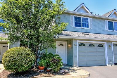 Medford Condo/Townhouse For Sale: 1224 N Modoc Avenue #56