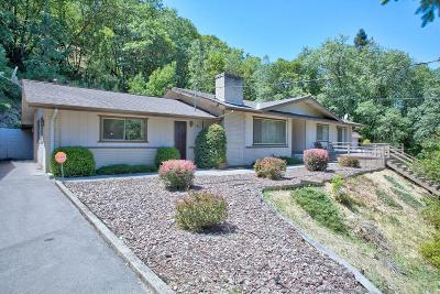 Grants Pass Single Family Home For Sale: 372 Sky Crest Drive