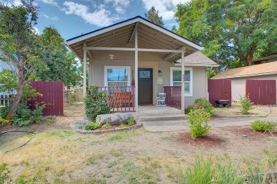 Grants Pass Single Family Home For Sale: 443 H Street