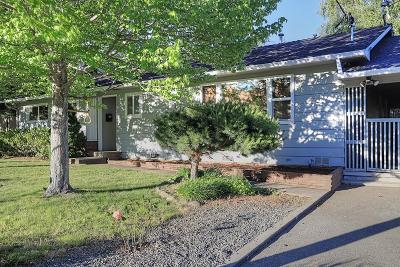 Grants Pass Single Family Home For Sale: 1541 NW Lawnridge Avenue