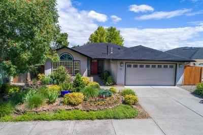 Medford Single Family Home Active-72HR Release: 3011 Edgewood Drive