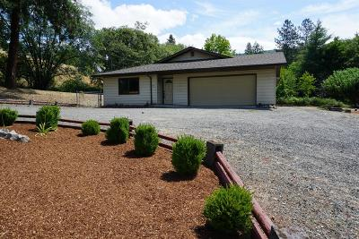 Grants Pass Single Family Home For Sale: 1443 NE 9th Street