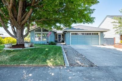 Medford Single Family Home For Sale: 1701 Willow Glen Way