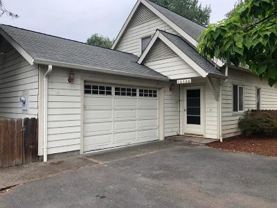 Grants Pass OR Single Family Home For Sale: $224,500