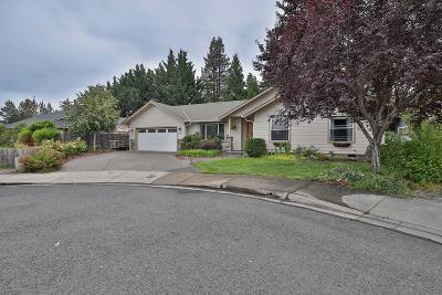 Grants Pass Single Family Home For Sale: 2973 SW Fountain Circle