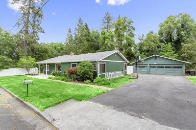 Grants Pass Single Family Home For Sale: 535 NW Manzanita Avenue