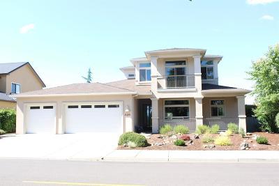 Eagle Point Single Family Home For Sale: 629 Arrowhead Trail