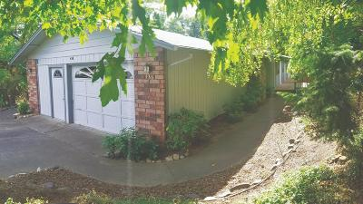 Ashland OR Single Family Home For Sale: $410,000