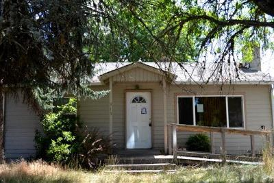 Merlin, Sunny Valley, Wimer, Rogue River, Wilderville, Grants Pass Single Family Home For Sale: 915 SW Laurel Street