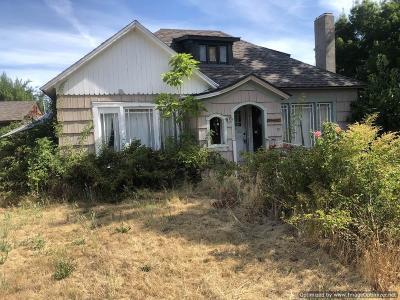 Jackson County, Josephine County Single Family Home For Sale: 830 W 12th Street