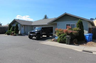 Merlin, Sunny Valley, Wimer, Rogue River, Wilderville, Grants Pass Multi Family Home For Sale: 1350 Willow Lane