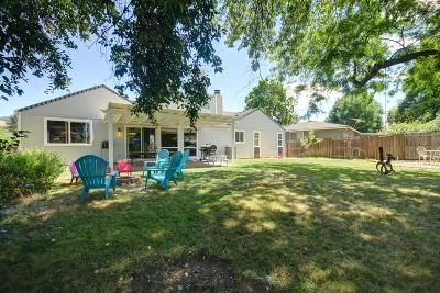 Medford Single Family Home For Sale: 2671 Aldersgate Road