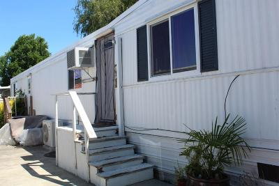 Grants Pass Mobile Home For Sale: 426 NW Ashwood Drive