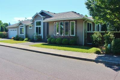 Grants Pass Single Family Home For Sale: 3003 SW Clementine Place
