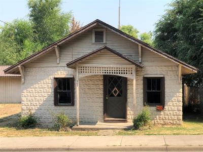 Single Family Home Pending: 109 W 4th Street