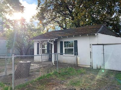 Single Family Home For Sale: 334 Alice Street