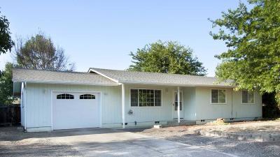 Jackson County, Josephine County Single Family Home For Sale: 526 Laurel Street