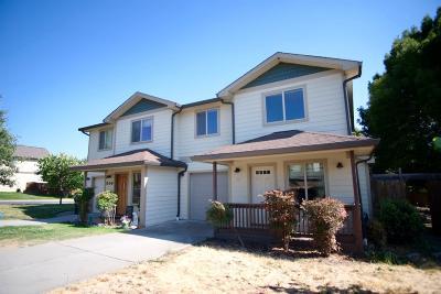 Jackson County, Josephine County Single Family Home For Sale: 965 Win Way