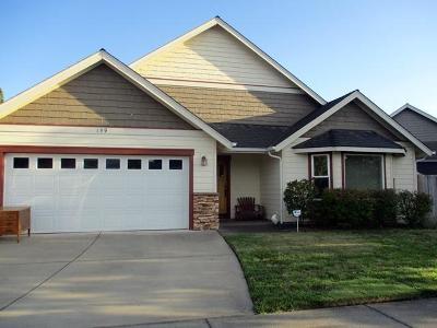 Merlin, Sunny Valley, Wimer, Rogue River, Wilderville, Grants Pass, Murphy, Wolf Creek, Hugo, Wonder Single Family Home For Sale: 159 SE Yorktown Road