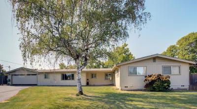 Grants Pass Single Family Home For Sale: 1405 Wineteer Lane